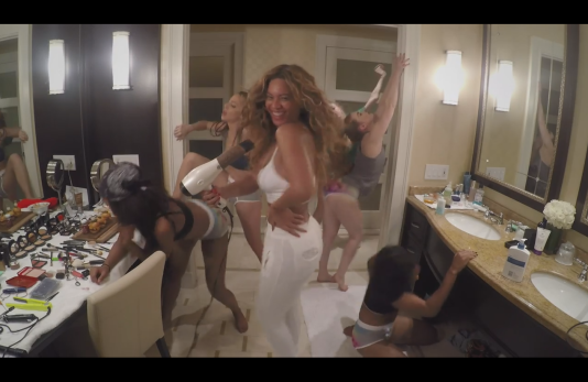 Beyoncé - Blue