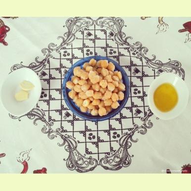 Ingredientes para a pasta de grão-de-bico